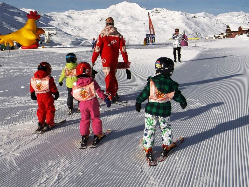 From 3 years : 1st experience of skiing with the Piou Piou Club, 5 days from Monday to Friday, WITH LUNCH