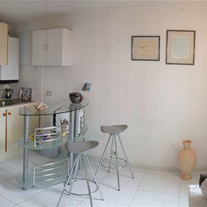 Studio flat Chevallier - ANG1310