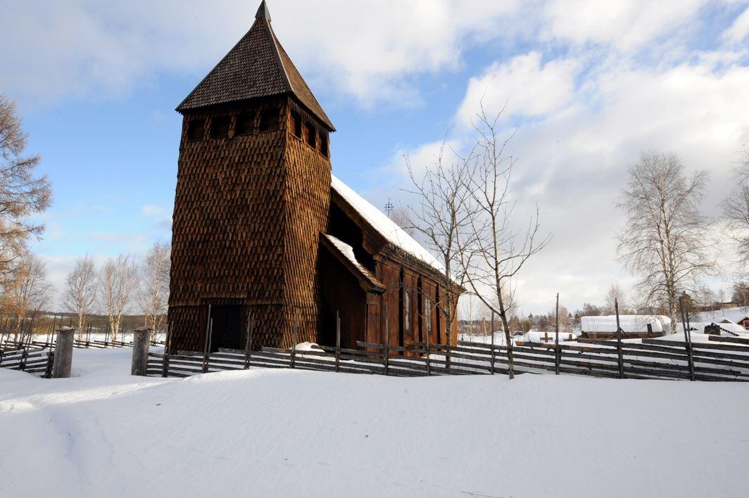 Nisse Schmidt, Gammel kyrkan i Särna