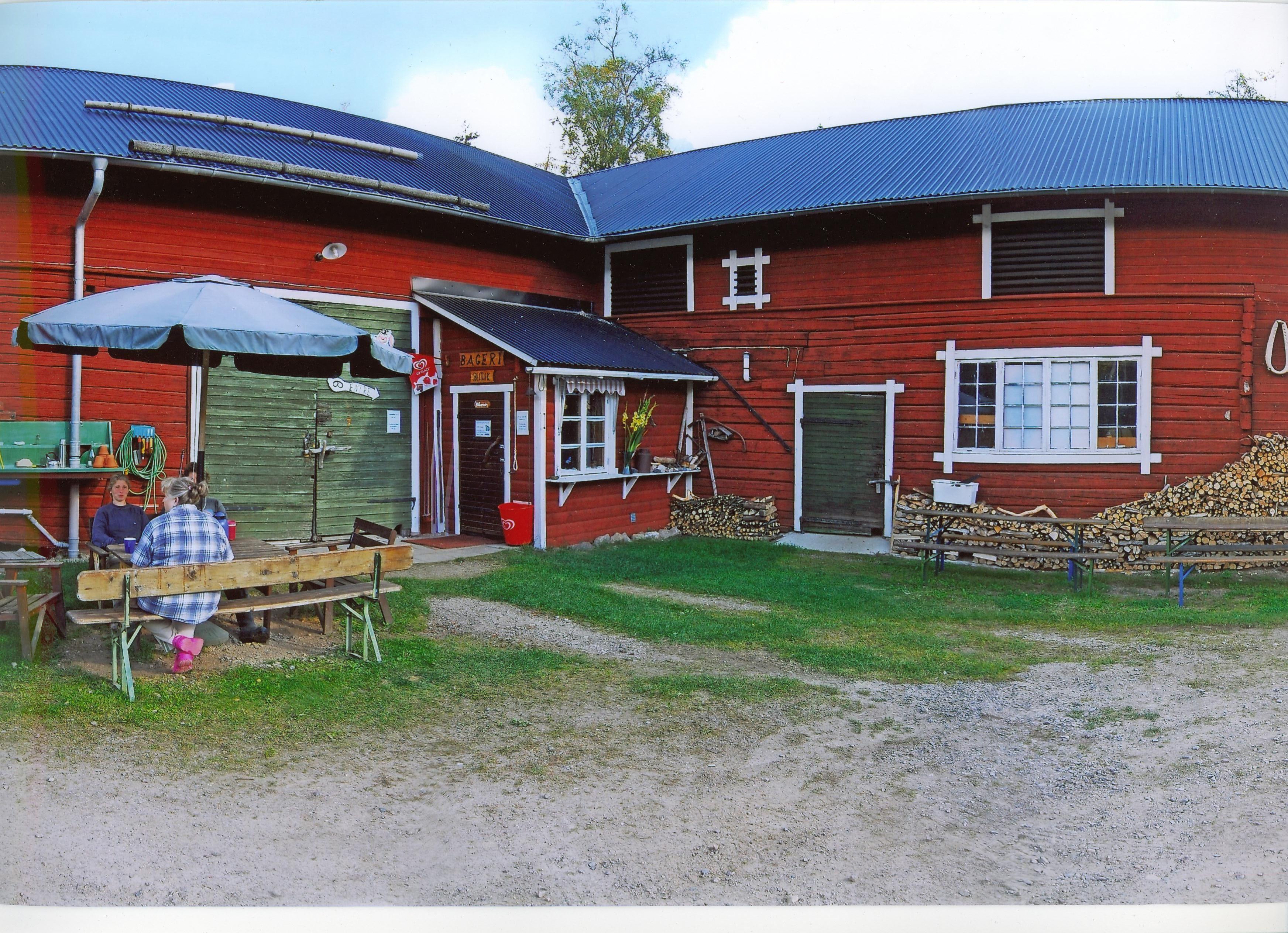 Rosentorps Bageri och Turistcamp - Båtar och cyklar