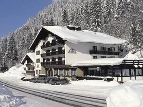 Hotel Zerres Haupthaus und Nebenhaus - Silvretta Montafon