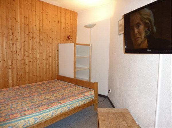 ARCELLE 401 / STUDIO CABIN 4 PERSONS - 1 BRONZE SNOWFLAKE - VTI
