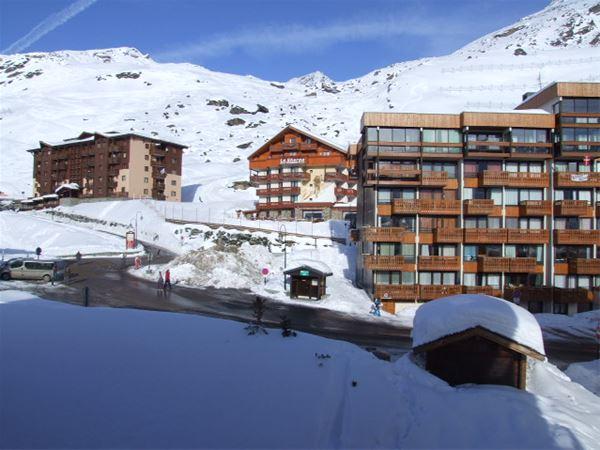 LAC BLANC 609 / STUDIO 4 PERSONS - 2 BRONZE SNOWFLAKES - VTI