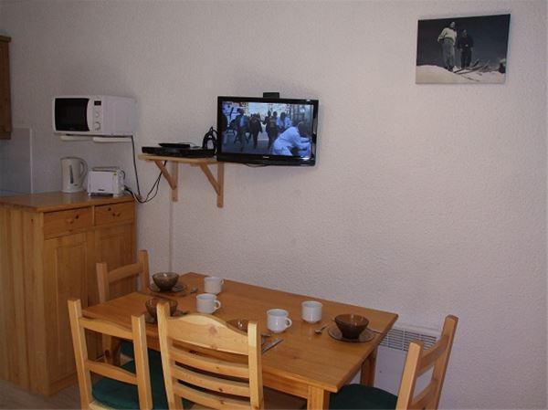 LAC DU LOU 11 / 1 room 4 people