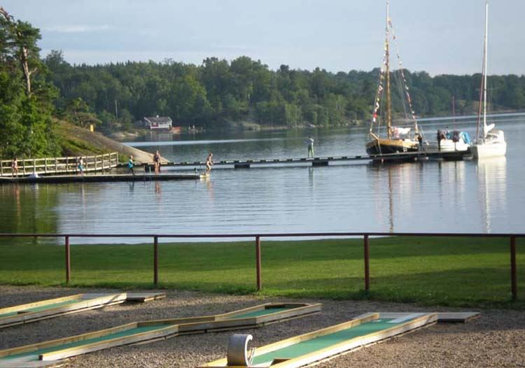 Miniature golf at Järnaviks Camping