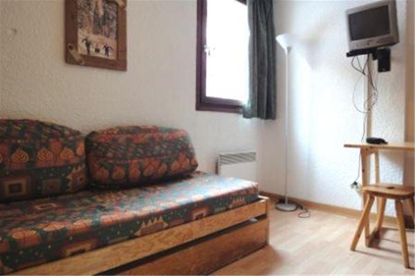 LAC DU LOU 114 / 1 room 2 people