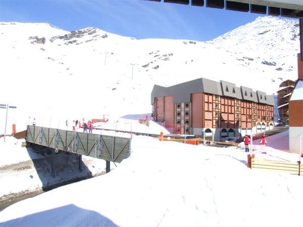 ROCHE BLANCHE 143 / STUDIO 2 PERSONS - 4 GOLD SNOWFLAKES - VTI