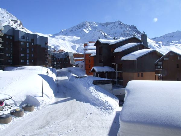 REINE BLANCHE 82 / STUDIO 3 PERSONS - 1 BRONZE SNOWFLAKE - VTI