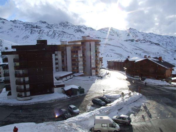 SERAC 10 / STUDIO 4 PERSONS - 1 BRONZE SNOWFLAKE - VTI
