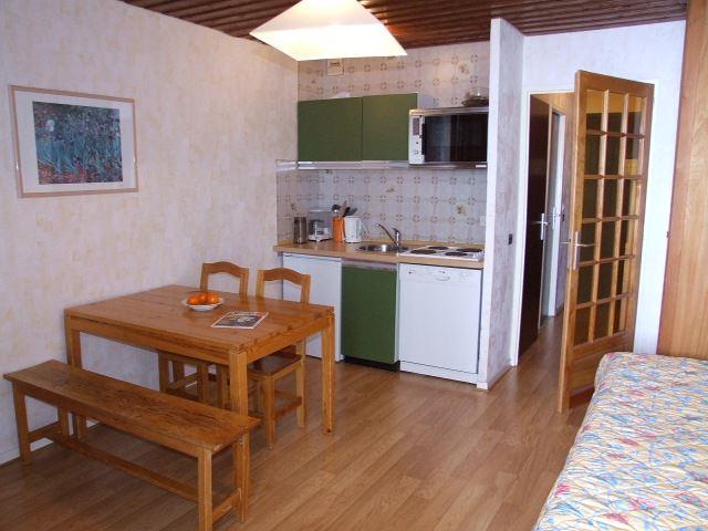 SERAC 17 / 1 room 4 people