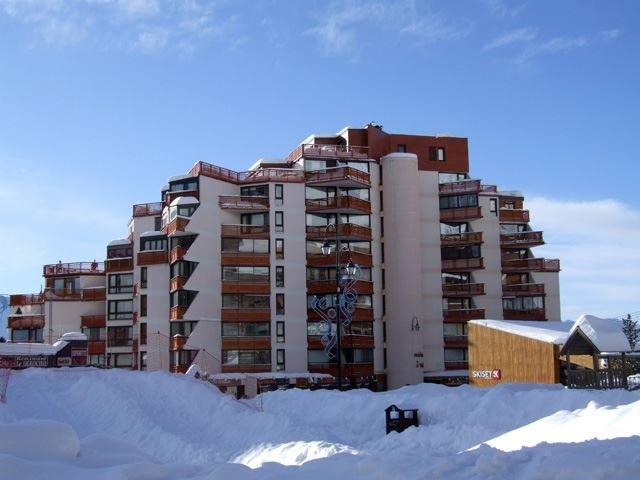TROIS VALLEES 805 / 3 ROOMS CABIN 5 PERSONS - 3 BRONZE SNOWFLAKES - VTI