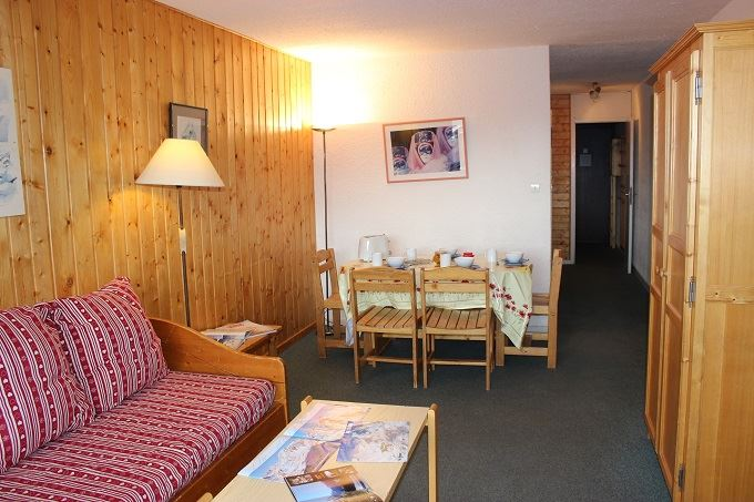 TROIS VALLEES 405 / 2 ROOMS 4 PEOPLE TYPE A COMFORT