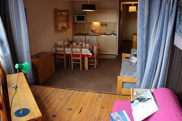TROIS VALLEES 412 / 2 ROOMS 4 PEOPLE TYPE A COMFORT