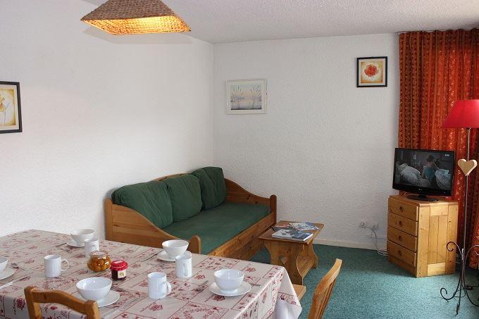 TROIS VALLEES 521 / 2 ROOMS 6 PEOPLE COMFORT