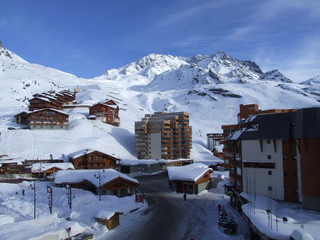 TROIS VALLEES 818 / STUDIO 3 PERSONNES - 1 FLOCON BRONZE - VTI
