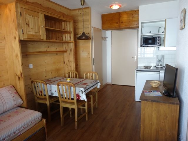 2 Rooms 4 Pers ski-in ski-out / OREE DES PISTES 13 B