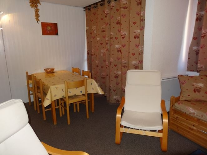 2 Rooms 4 Pers ski-in ski-out / ORIGANES 422