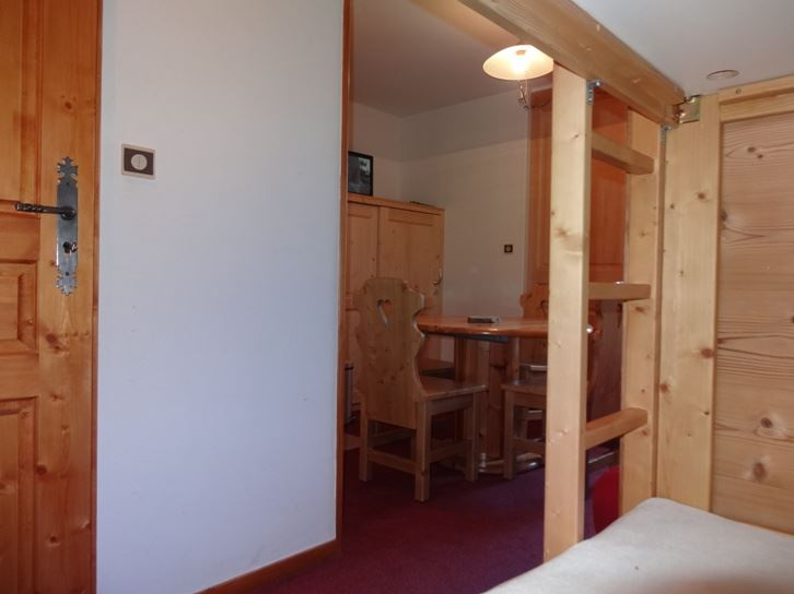 2 Rooms 4 Pers ski-in ski-out / SKI SOLEIL 2608
