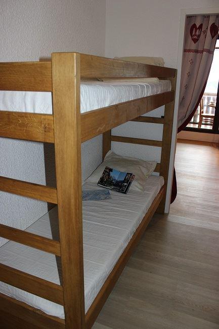 SERAC 253 / 1 room 4 people