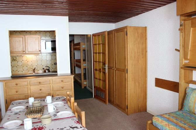 SERAC 21 / 1 room 4 people