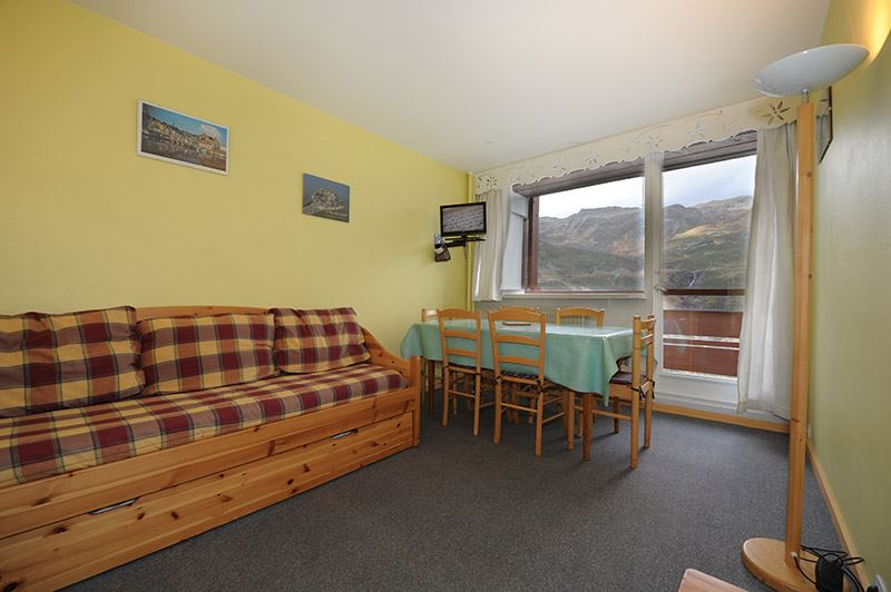2 Rooms 5 Pers ski-in ski-out / LES LAUZES 29