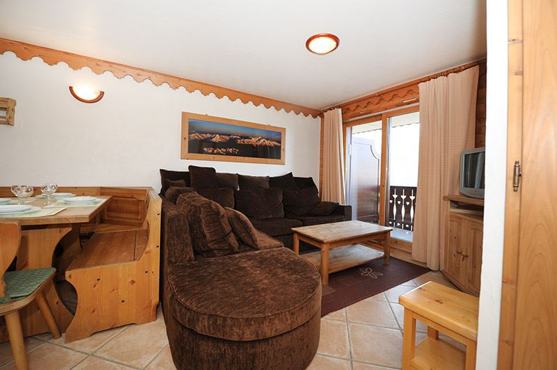 3 Rooms 6 Pers ski-in ski-out / HAMEAU DES MARMOTTES 5