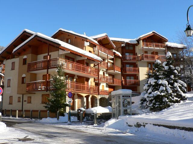 2 Rooms cabin 6 Pers ski-in ski-out BALCONS DE TOUGNETTE 21