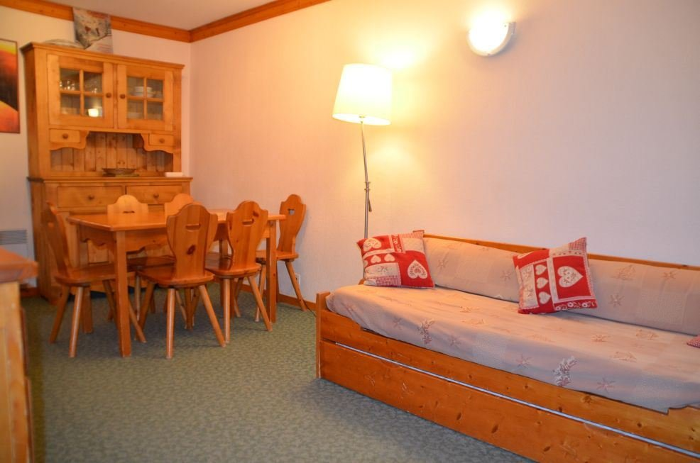 2 Rooms cabin 4/6 Pers ski-in ski-out / VALMONT 107