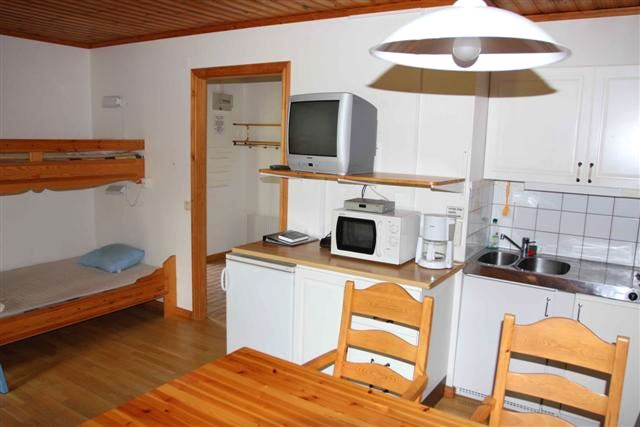 Cottage (5+1 beds, 32 m², WC/shower, No 09)