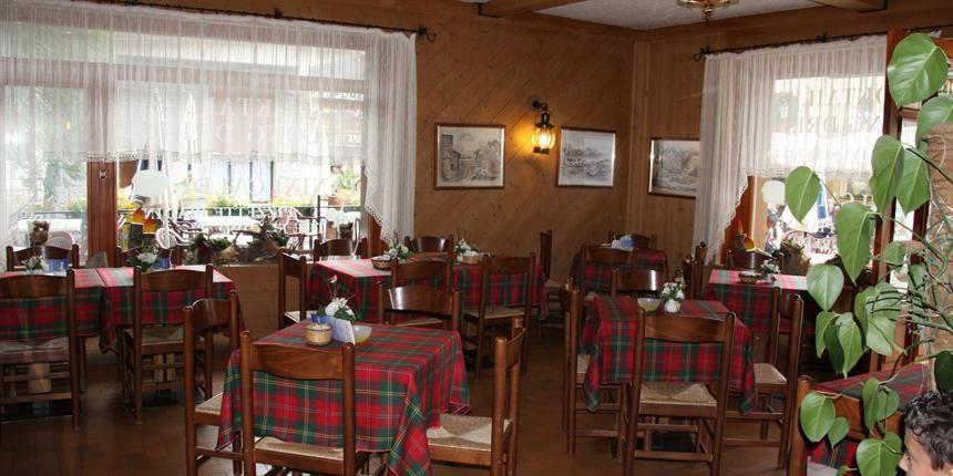 Hotel Garni Zodiac - Livigno