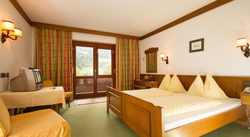 Hotel Garni Pension Sonnblick - Bad Kleinkirchheim