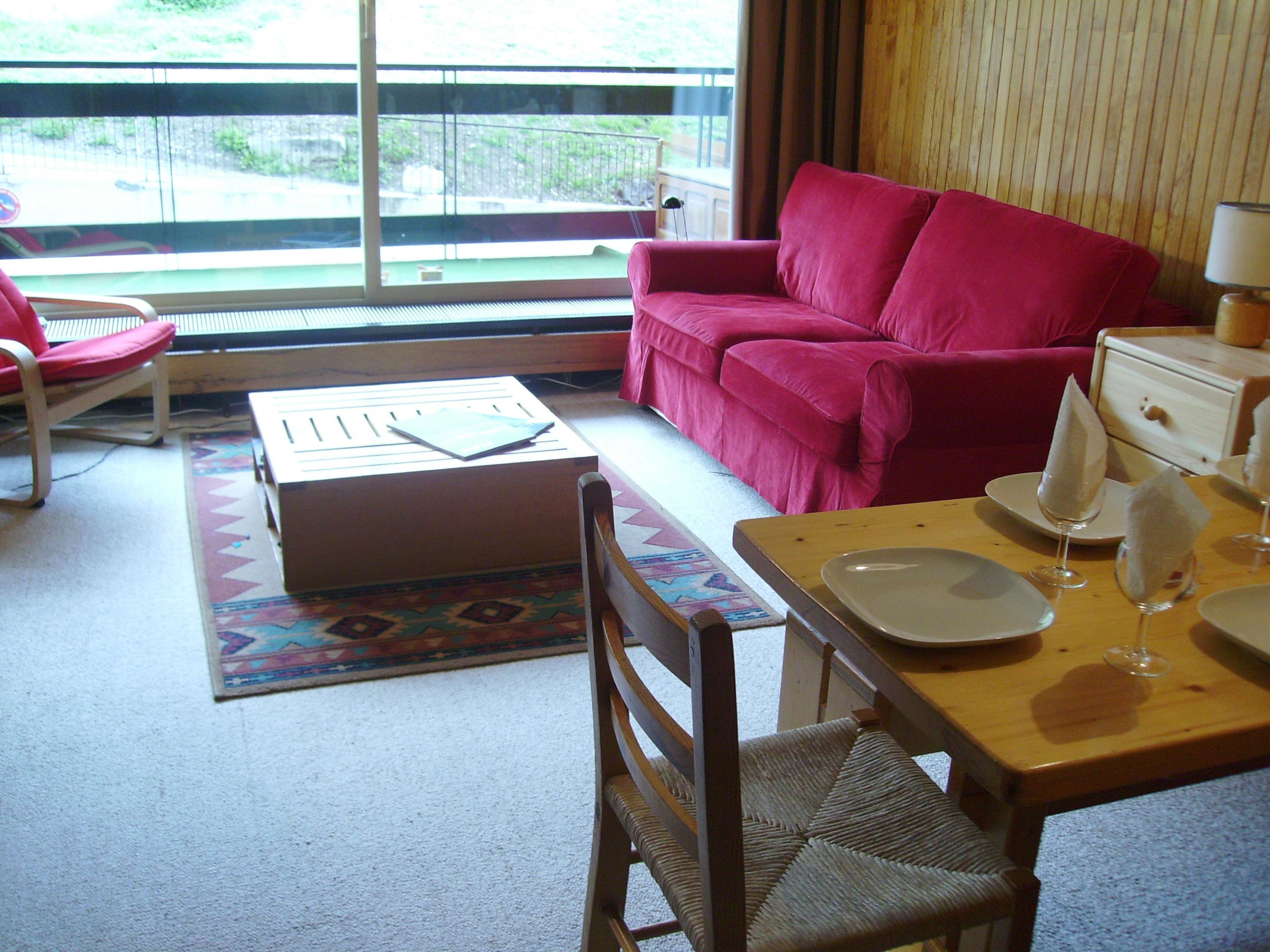 2 rooms 4 people ski-in ski-out / LA RESERVE R02 (mountain of charm)