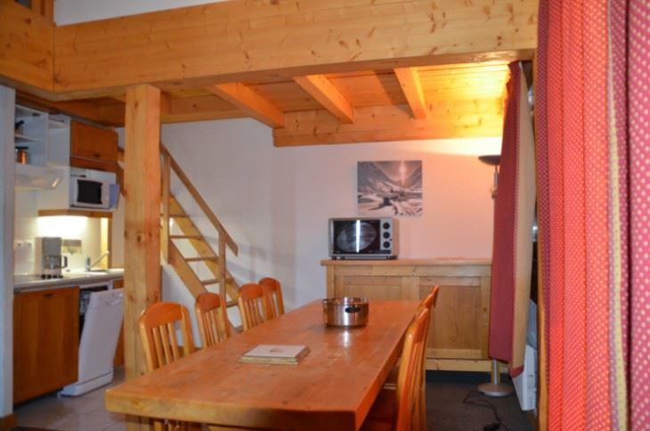 4 Rooms 8/10 Pers ski-in ski-out / ARGENTIERE 401