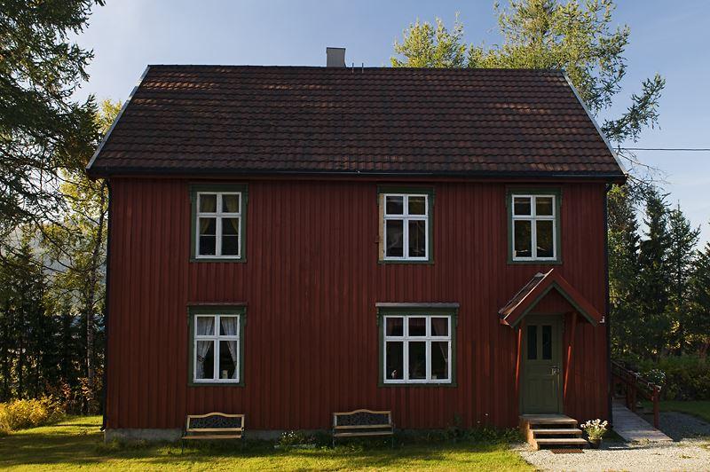 Orsolya Haarberg,  © Helgeland Reiseliv, Lensmannsgården kulturhistoriske  hus