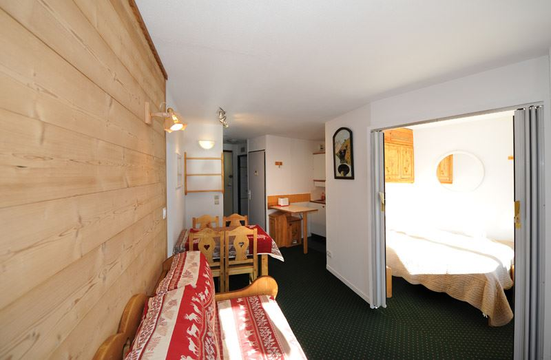 2 Rooms 4 Pers ski-in ski-out / NECOU 624