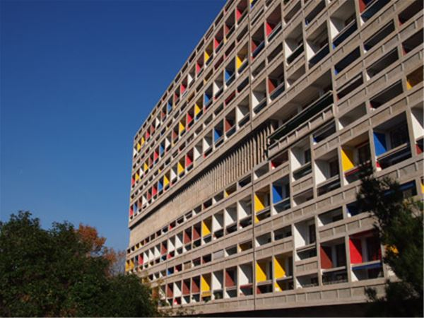 La Cité radieuse - Le Corbusier- Visites FR/GB vendredi et samedi 10h/ Tours in english only on Friday & Saturday 10am (vacances scolaires/Holidays)