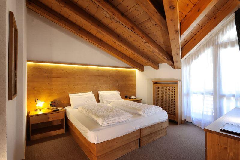Hotel Montana Madonna Di Campigilo