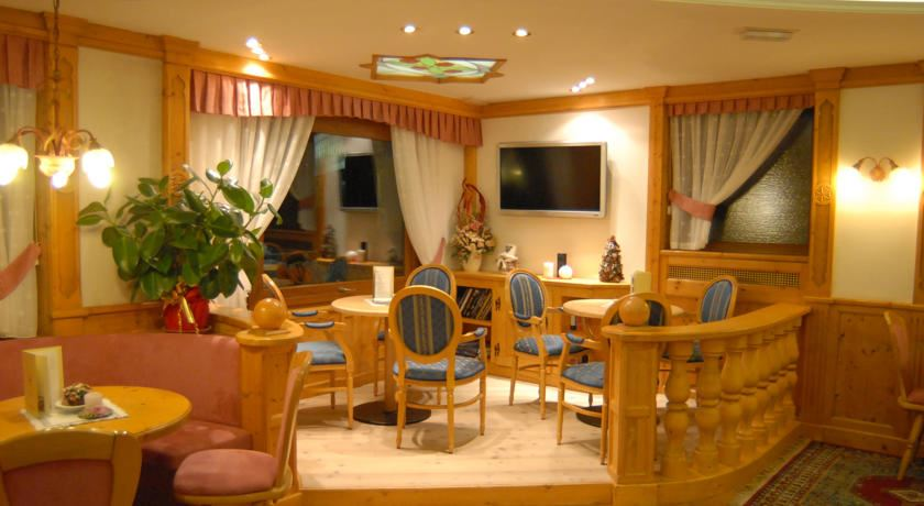 Hotel St Raphael - Madonna Di Campiglio