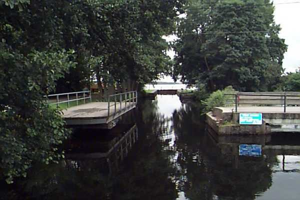 Die Schleuse in Åby