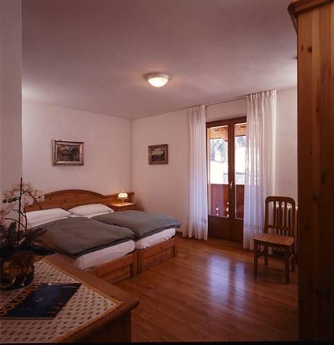 Dolomiti Hotel Cozzio Madonna Di Campiglio
