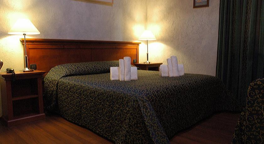 Hotel Clari - Claviere