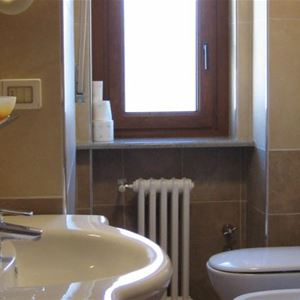 Hotel Holiday Debili - Setriere