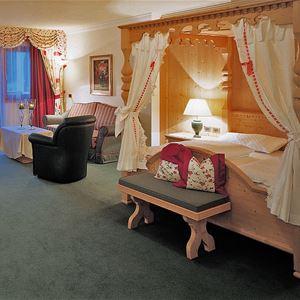 Hotel Sassongher Val Gardena