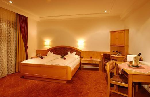Hotel Dorfer - Val Gardena