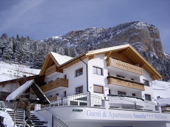 Sunela Garni Hotel & Apartments - Val Gardena