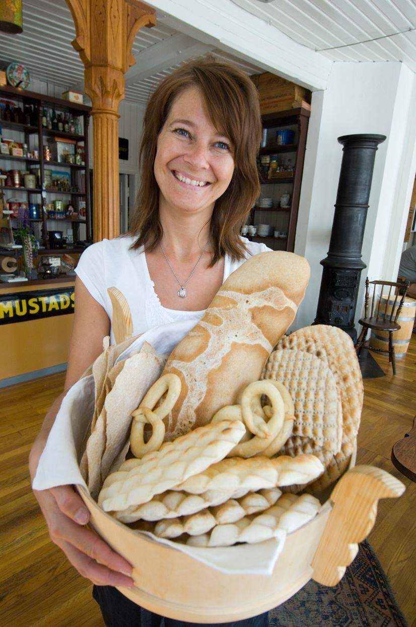 Terje Rakke,  © Nordic Life/ www.visithelgeland.com, Vikgården landhandel og kaffebu