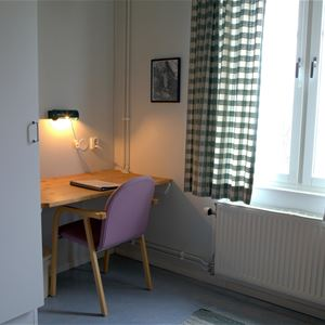 4 bed room, in the main building