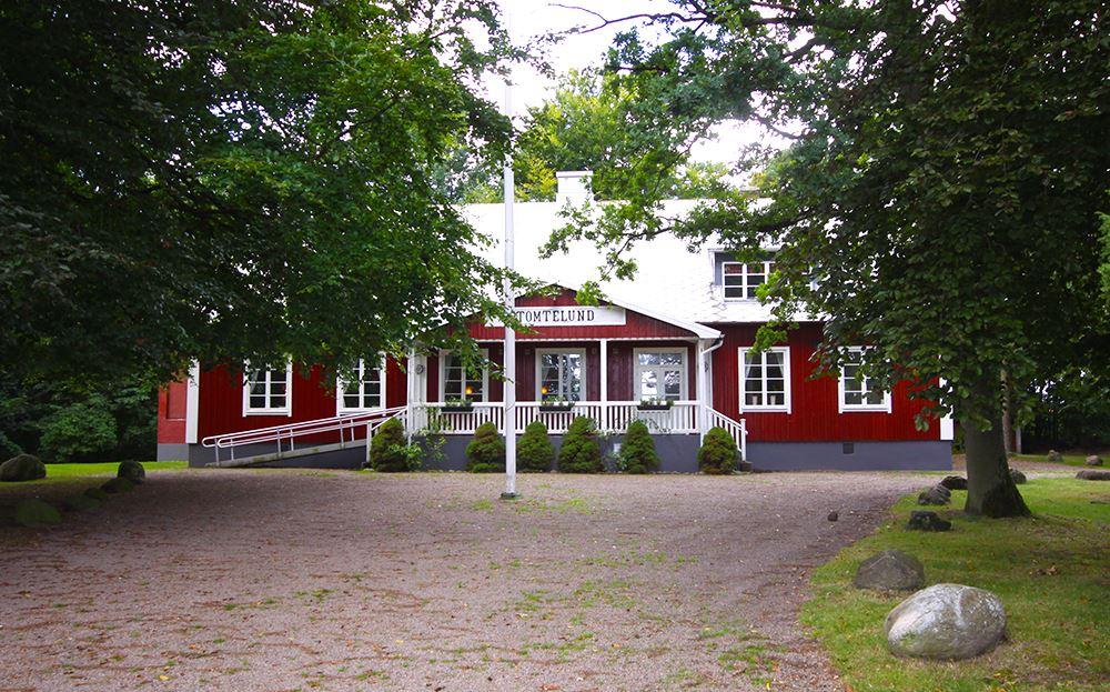 Jonas Linné, Tunneberga Gästgifvargård