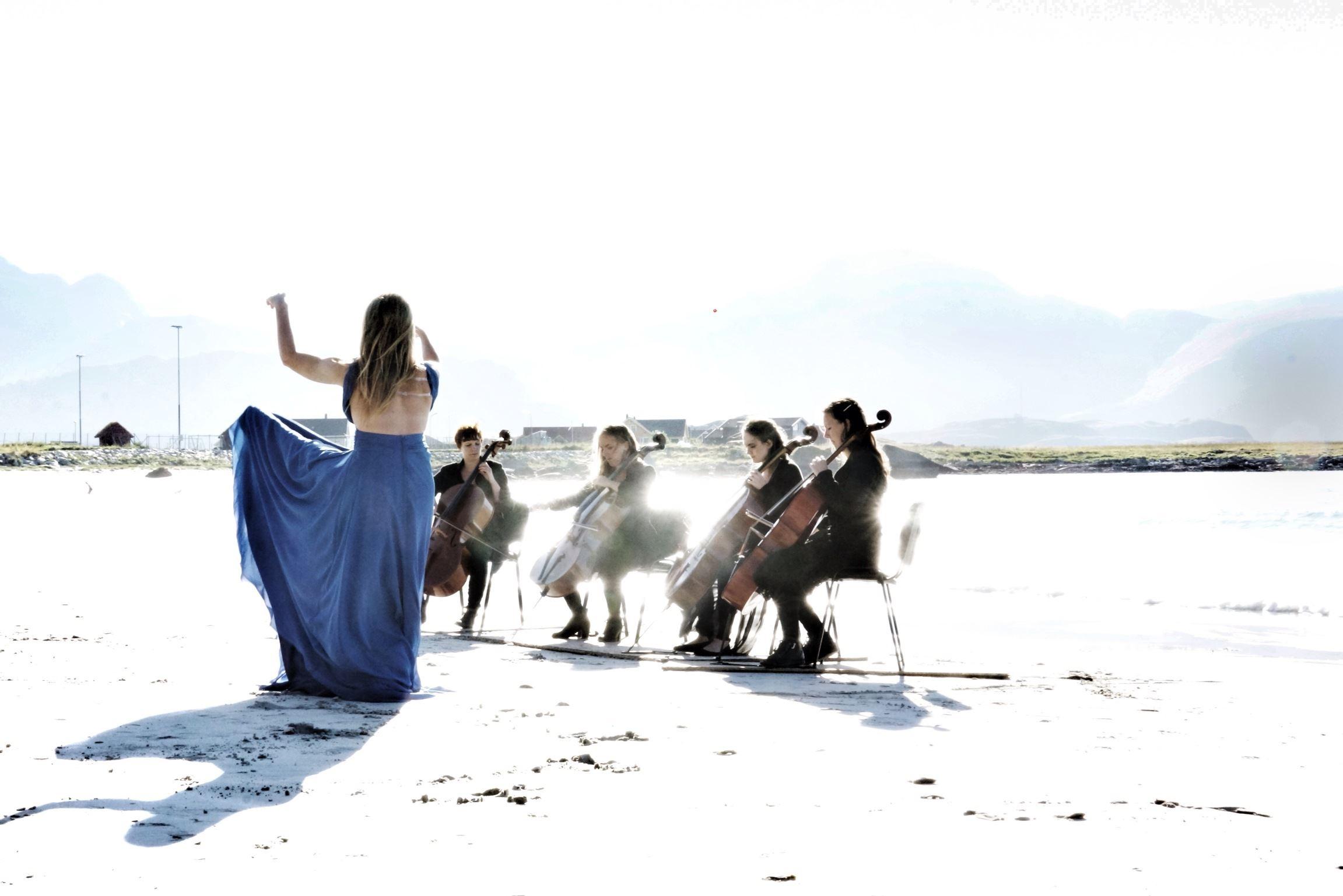 Cellolyd i Lofoten