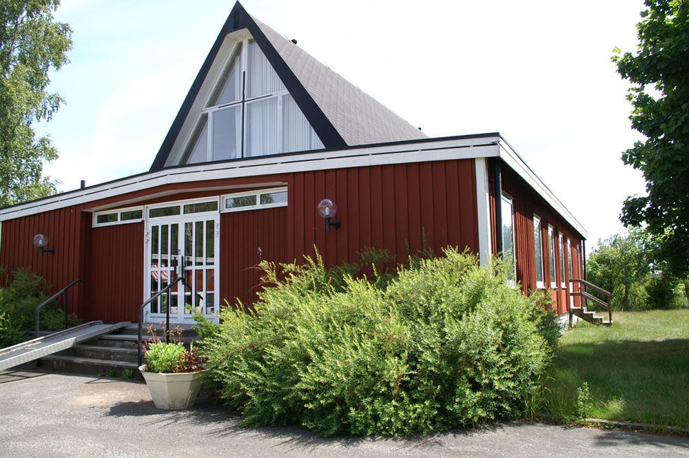 Storebro kyrka